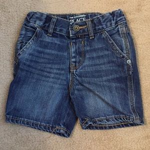 The children's place toddler shorts 2t
